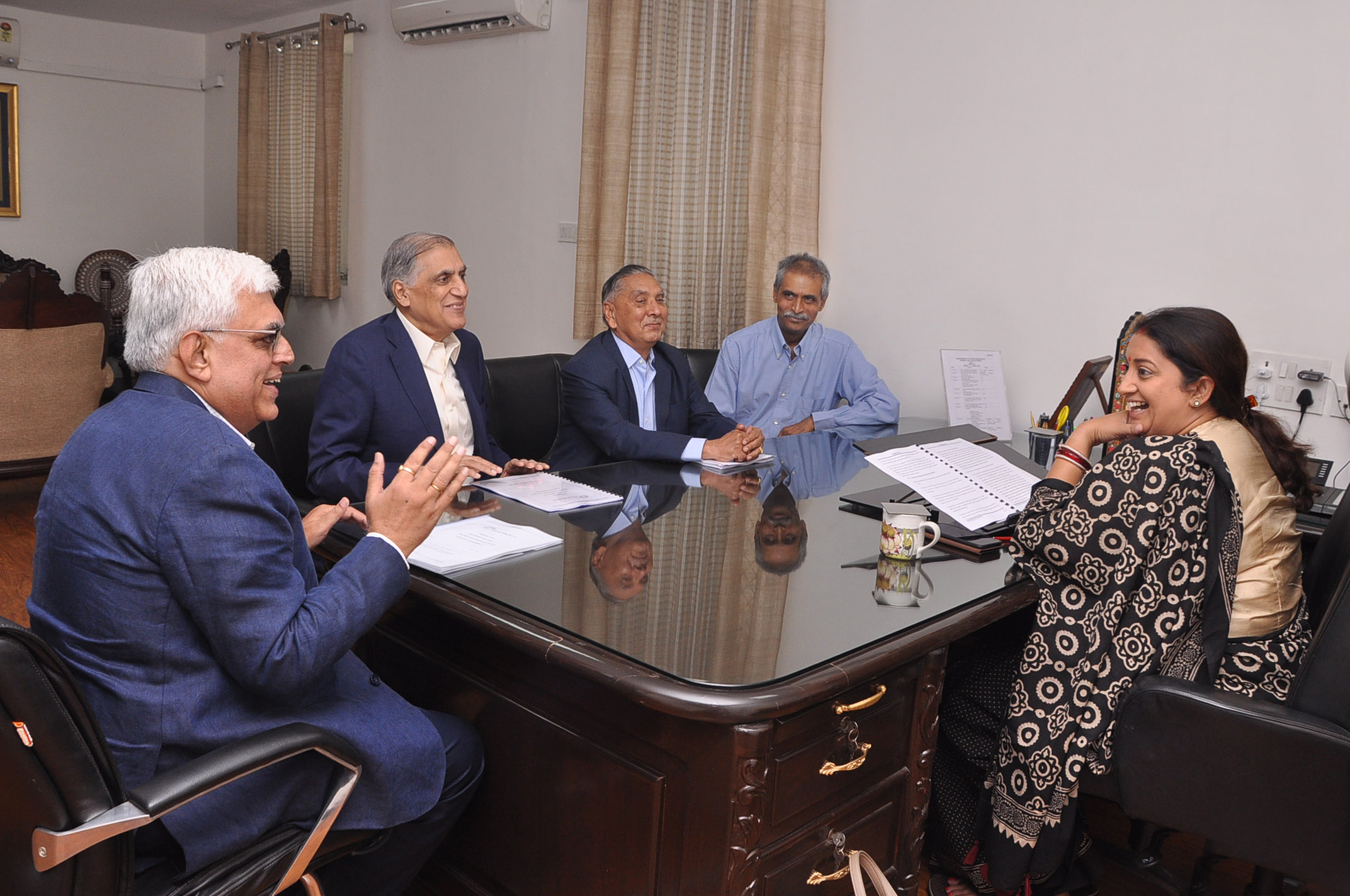 Hon'ble Minister of Textiles, Smt. Smriti Zubin Irani being apprised about the current situation of Cotton Textile industry by TEXPROCIL Delegates in a meeting at her office in New Delhi on June 7, 2019.