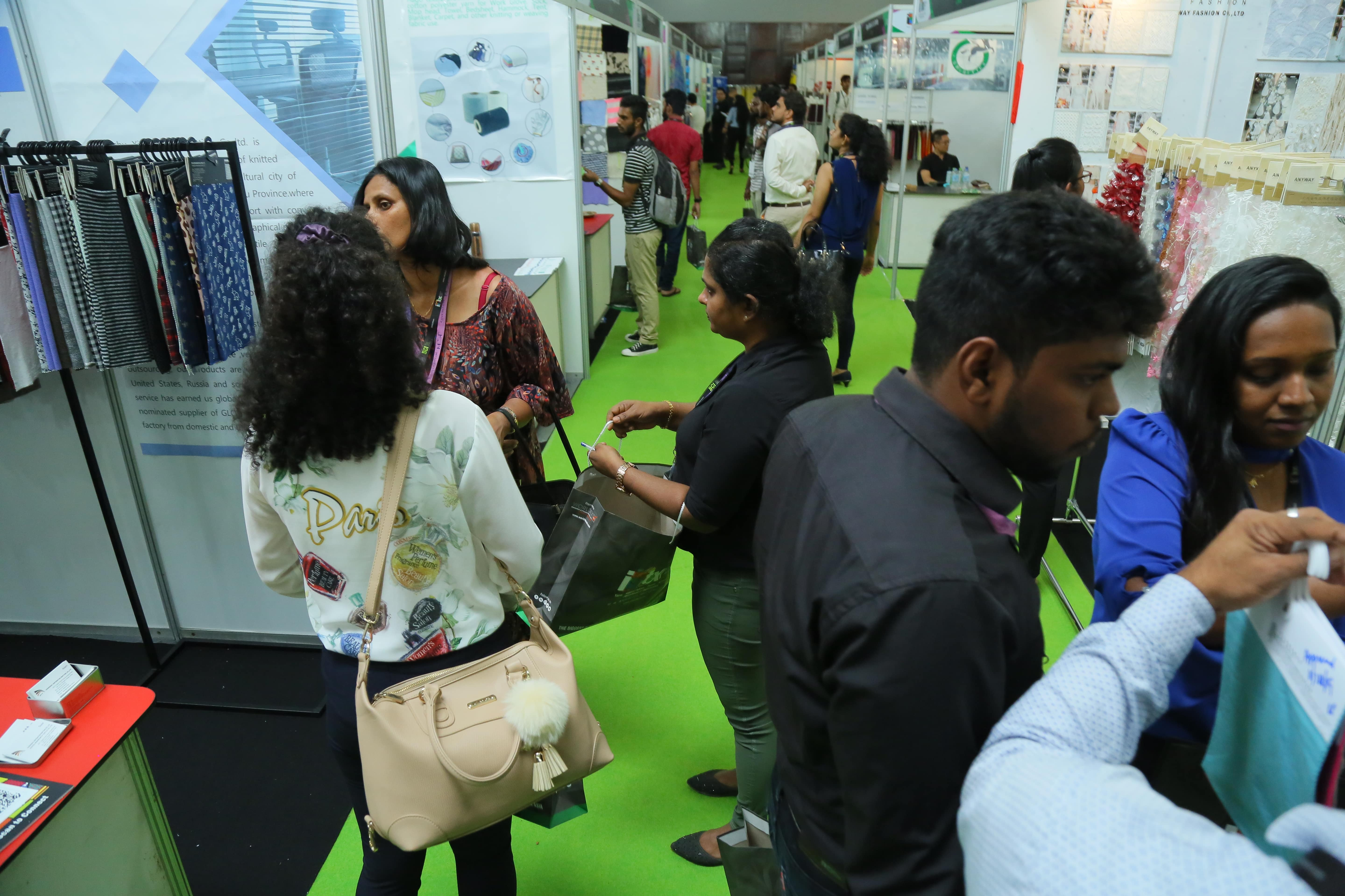 The quality conscious Sri Lankan garment manufacturers interested in sourcing from India visited stalls of Indian Companies at Intex South Asia