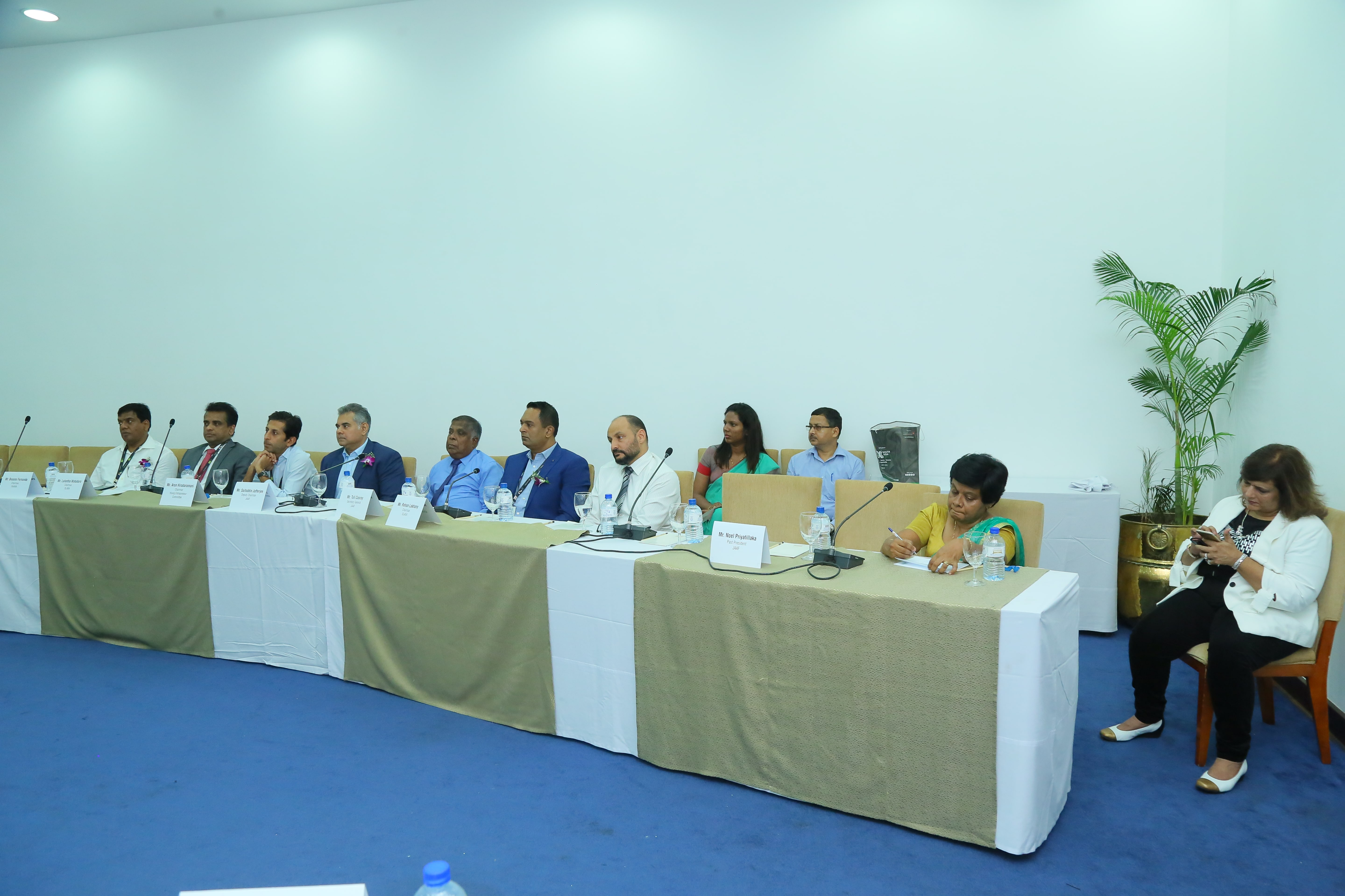 Heads of Joint Apparel Association Forum (JAAF) – the principal textile organisation and associated trade bodies in Sri Lanka attended meeting with TEXPROCIL Delegation on 13th November, 2019