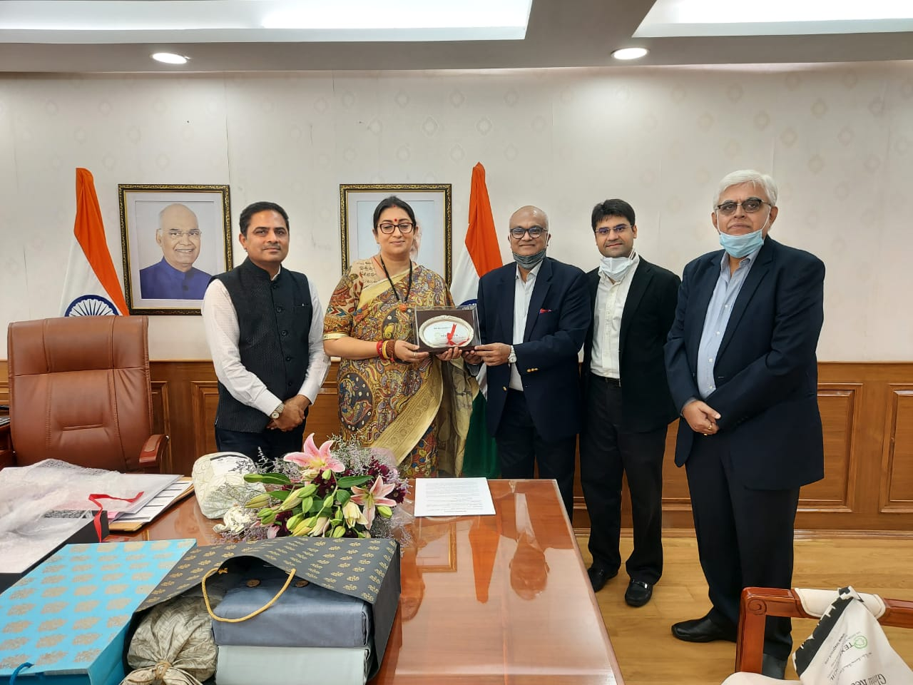 TEXPROCIL in a Meeting with Minister for Women & Child Development Smt.Smriti Zubin Irani on 27th July 2021 in New Delhi